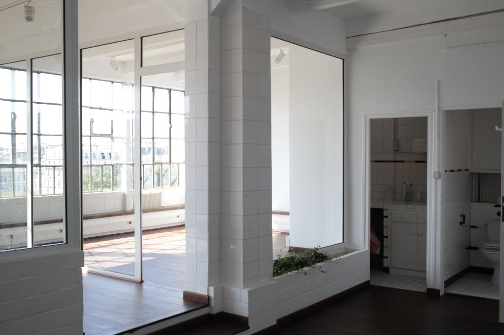homelike office vous aide chercher un bureau l 39 achat ou la location paris. Black Bedroom Furniture Sets. Home Design Ideas