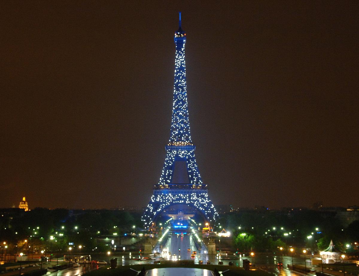 #64421B Noël à Paris ! Denicher 6073 decoration de noel tour eiffel 1200x923 px @ aertt.com
